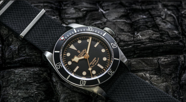 Tudor Heritage Black Bay Dark Replica Watch Hands-On